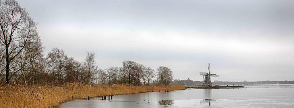 Winterlandschappen - paterswoldse-meer-smeltemd-ijs-01-202102-kopie
