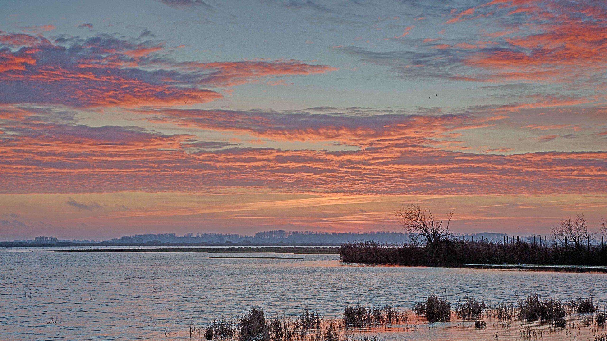 overige-landschappen - ezumakeeg-zonsopkomst-kopie